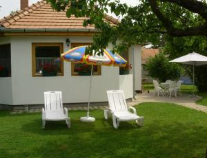 Hungary - Balatonfenyves  Villa - private pier