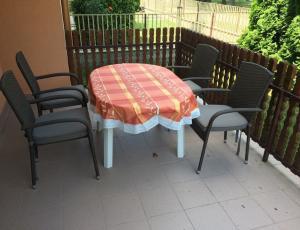 Balatonfenyves - Holiday in Hungary at Lake Balaton - Balatonfenyves Rent Villa House Apartmen